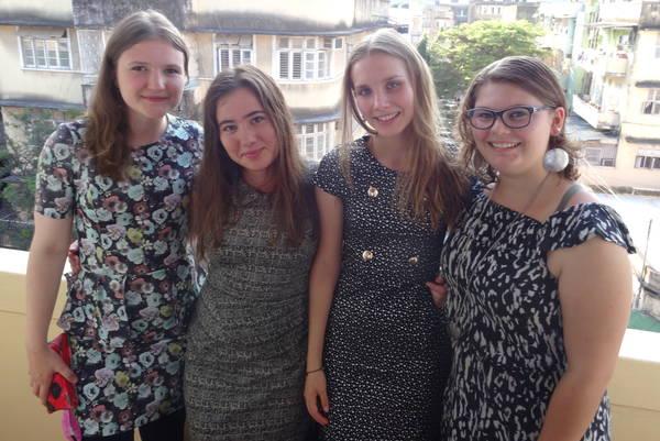 Machen sie nicht bella figura? Unsere Mädels Franzi, Valérie, Nina und Julie